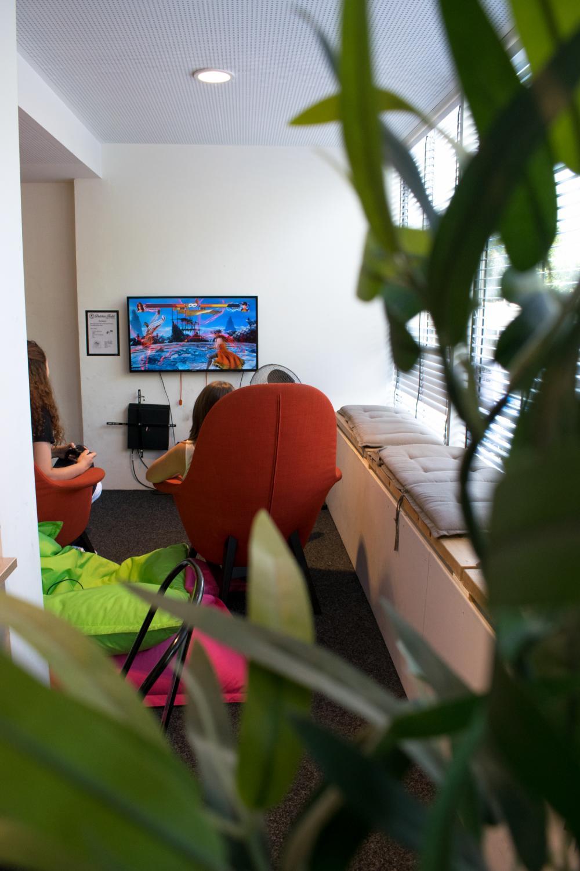 Lounge mit PS4