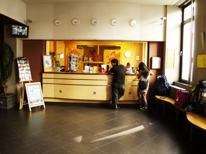 Van gogh youth hostel city centre