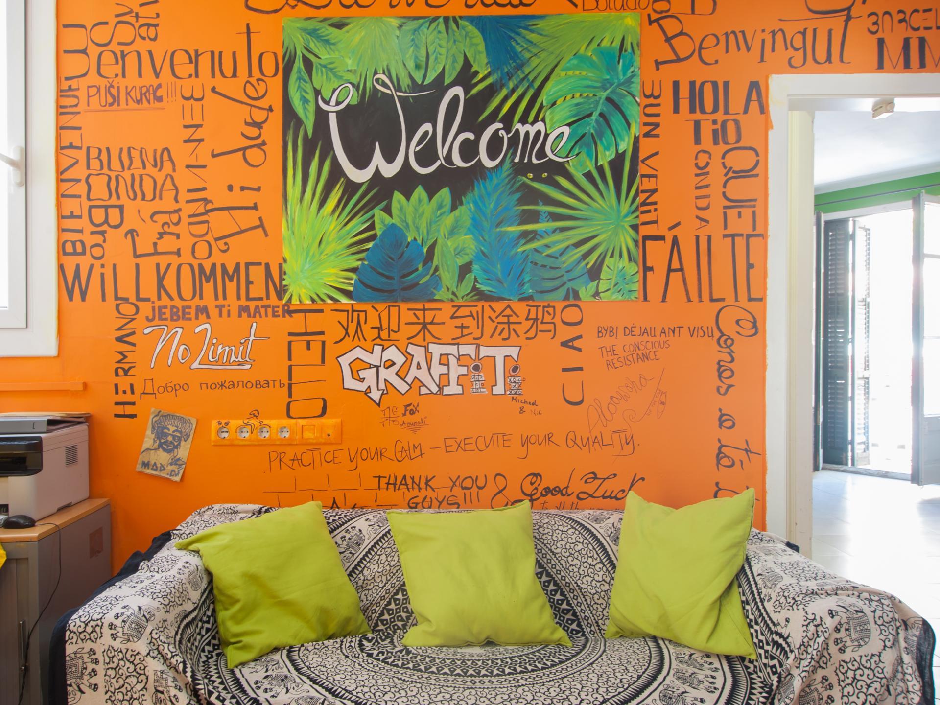 Hostel No Limit Graffiti