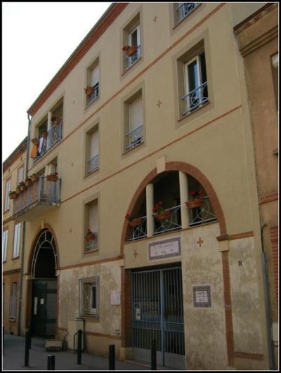 Hostels und Jugendherbergen - La petite auberge de Saint-Sernin