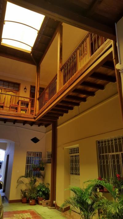 Hostels und Jugendherbergen - Hostal Castelvilla Centro Historico de Quito
