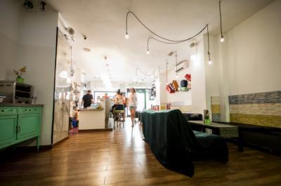 Hostels und Jugendherbergen - Feel Hostel Soho Malaga