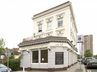 Hostels und Jugendherbergen - Queen Elizabeth Pub Hostel