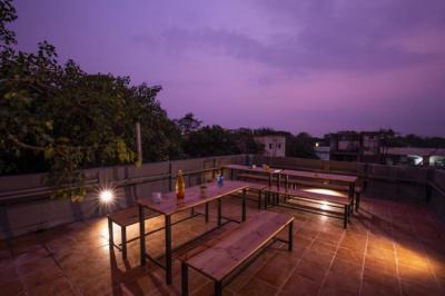 Hostels und Jugendherbergen - Locomo Hostel - Mumbai Airport